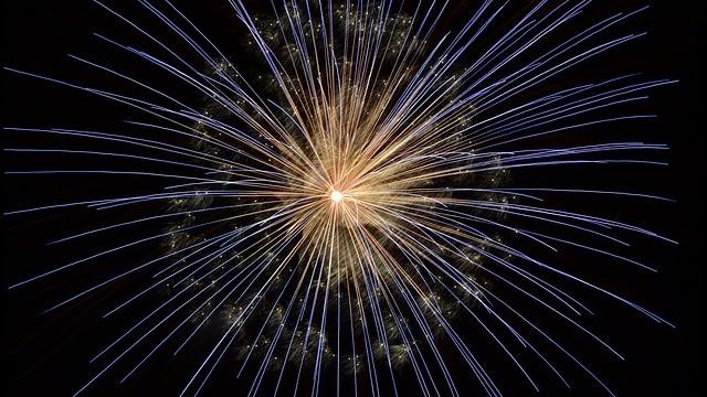 fireworks-640